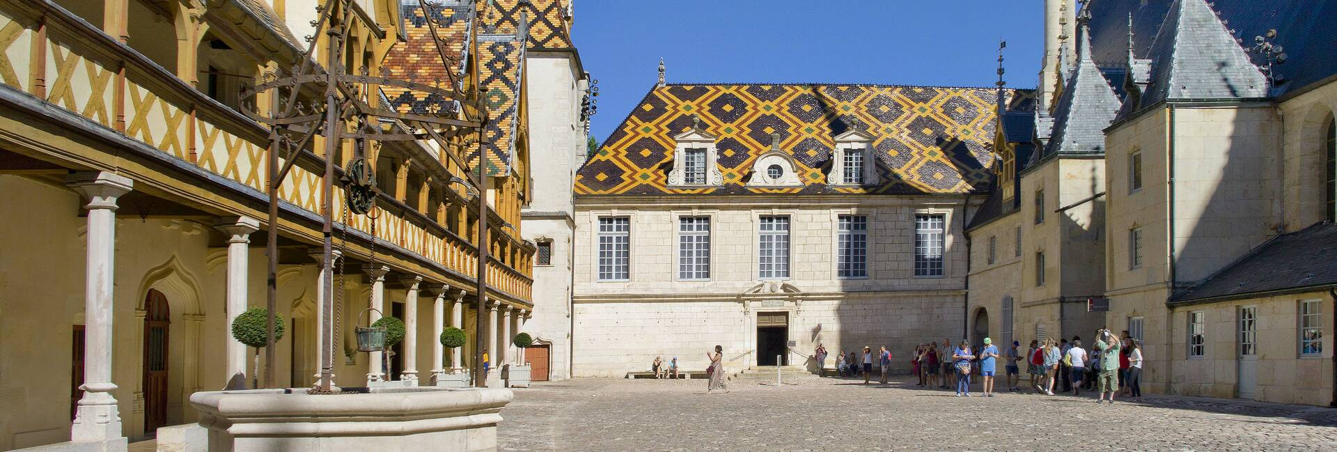 Hospices de Beaune ©Michel Baudouin
