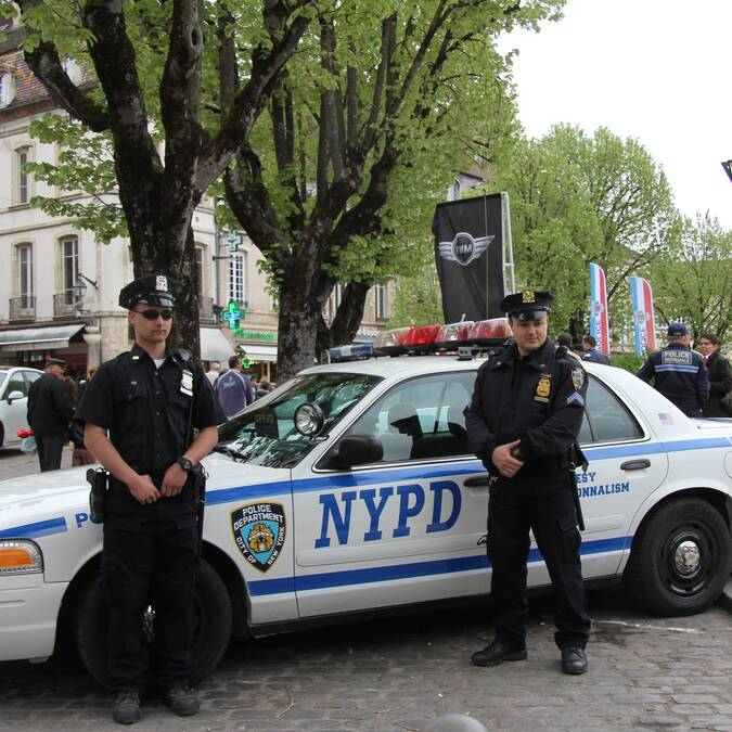 NYPD à Beaune Place Carnot